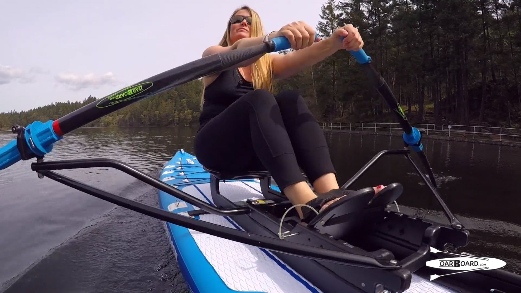 Oar-Board-SUP-Fit-On-Top-Rower-video-withDiana-Lesieur-1